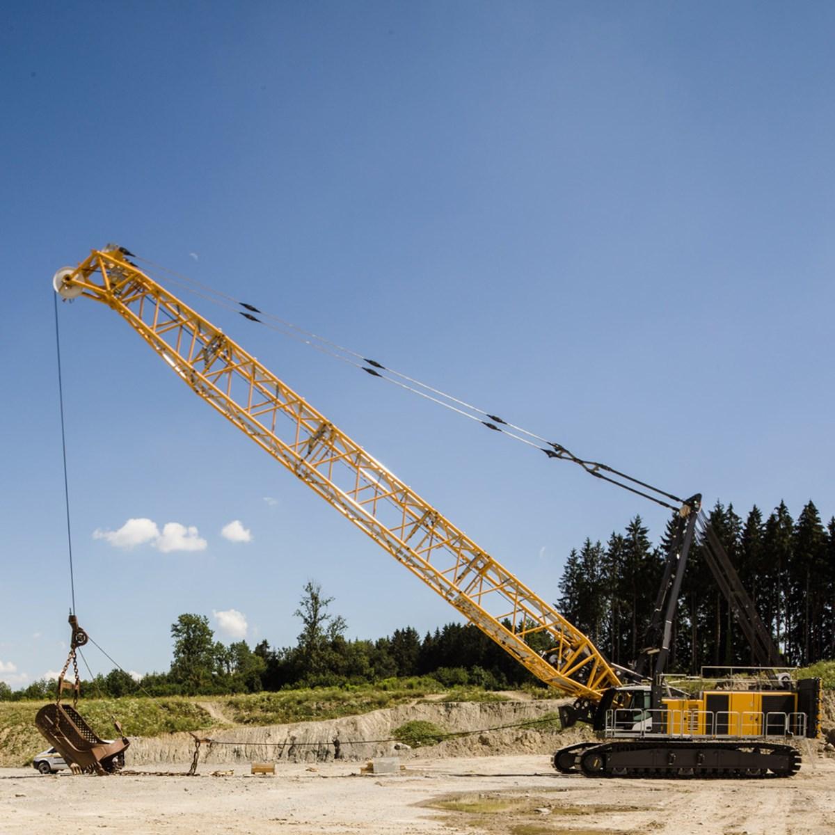 liebherr-hs-8200-seilbagger-duty-cycle-crawler-crane-dragline-schuerfkuebel-4.jpg