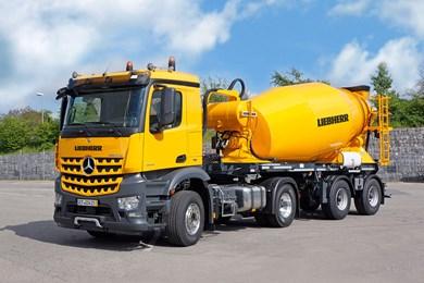 liebherr-truck-mixer-htm-1004-trailer.jpg